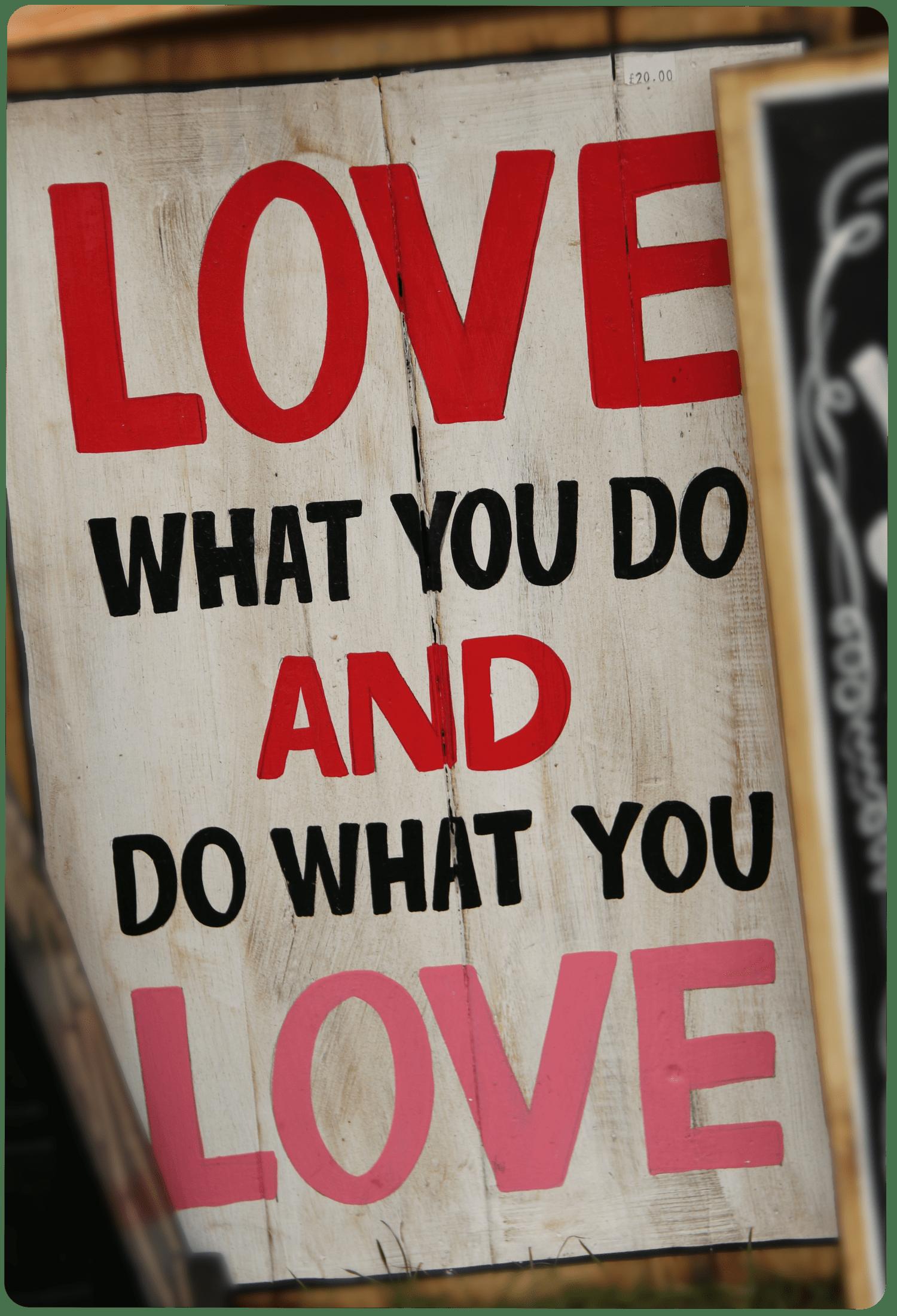 حب ما تعمل حتى تعمل ما تحب، فل مارك